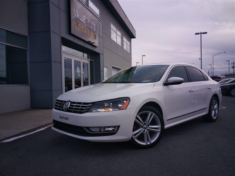 2012 Volkswagen Passat 2.5L Highline AUTOMATIQUE **DÉMARREUR,SAT,CUIR**