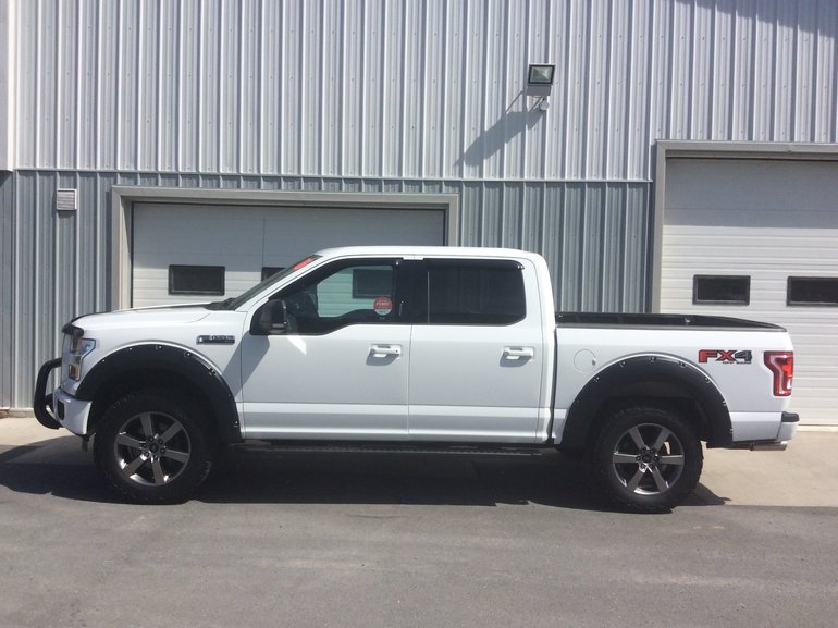 2016 Ford F-150 XLT FX4   With navigation