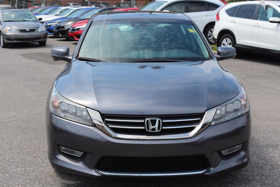 Honda Accord TOURING 2013