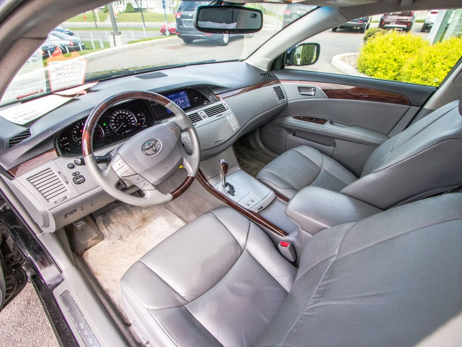 2009 Toyota Avalon XLS IMPECABLE