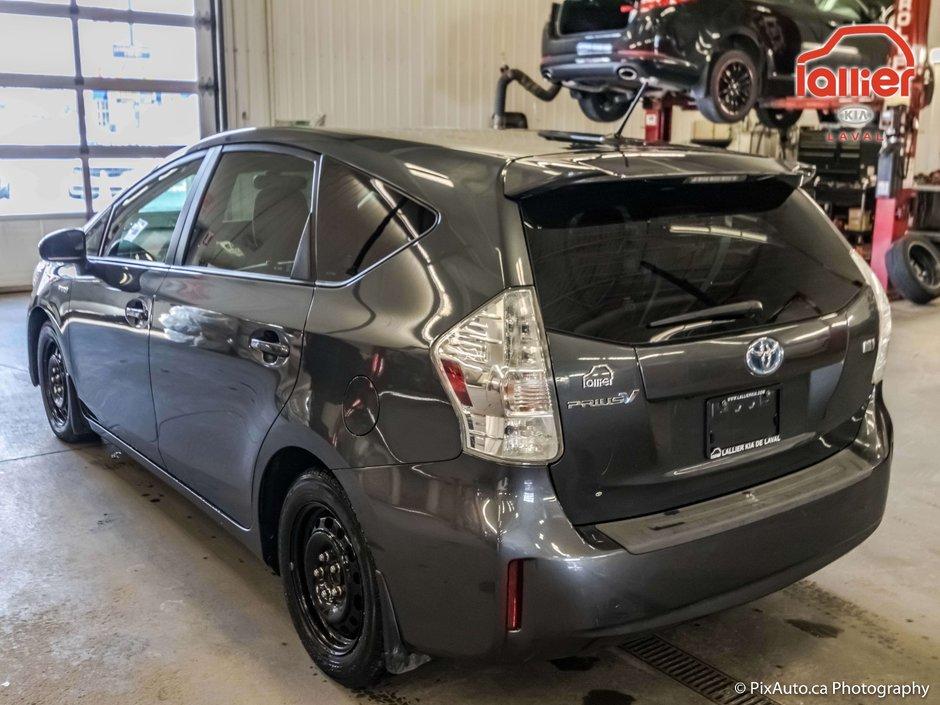 2013 Toyota Prius v HYBRIDE * DÉMARREUR A DISTANCE
